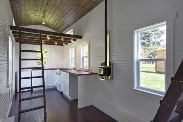 the-loft-tiny-house-living-5