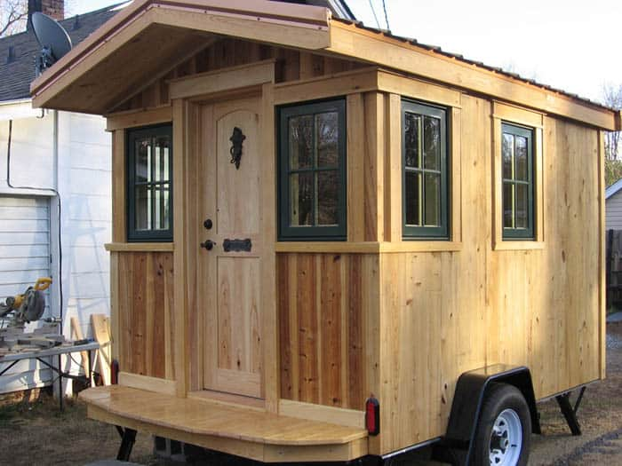 traveling-carpenters-home-away-from-home-1