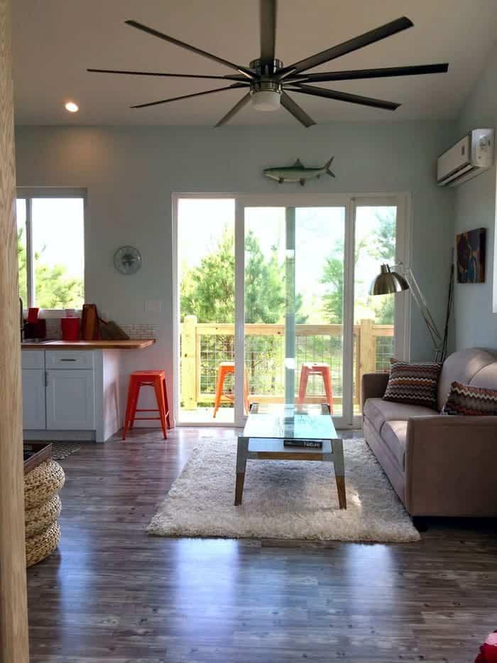 Living+Room+Dbl+doors