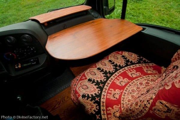 dipa-vasudeva-das-work-van-to-tiny-cabin-conversion-diy-motorhome-0018-600x400