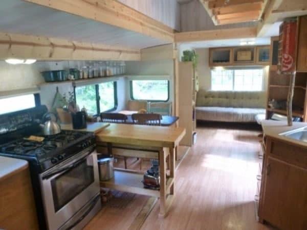 kirkwood-tiny-house-for-sale-0022-600x451