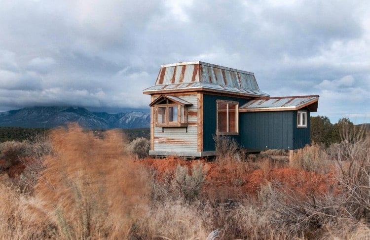 spicebox-homes-MountainMansard3-750x486