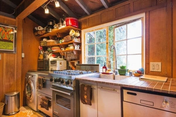 750-Sq-Ft-Cabin-Cottage-Berkeley-CA-008-600x400