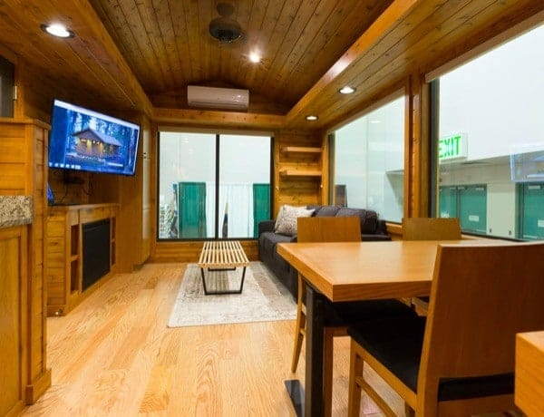 ESCAPE-Premiere-Cabin-Tiny-Homes-004-600x460