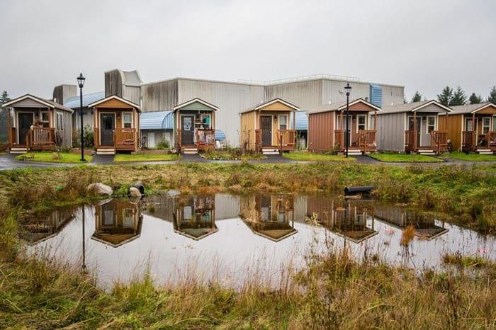 Homelessness-Tiny-House-Village2-
