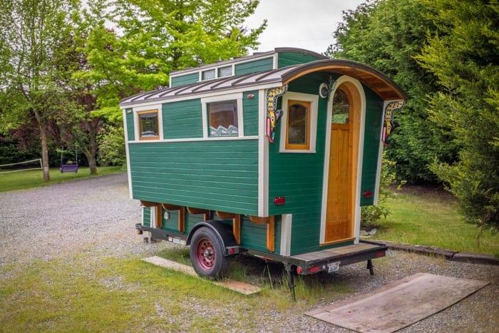 Russs-Gypsy-Wagon-0011