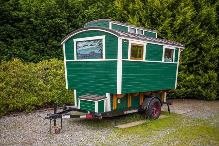 Russs-Gypsy-Wagon-0012