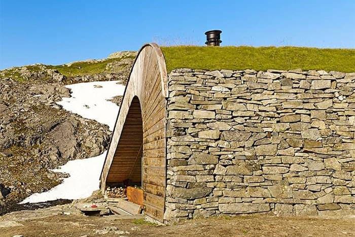 Snohetta-isolated-cabin-Norway-Bjellandsbu-Akrafjorden-6
