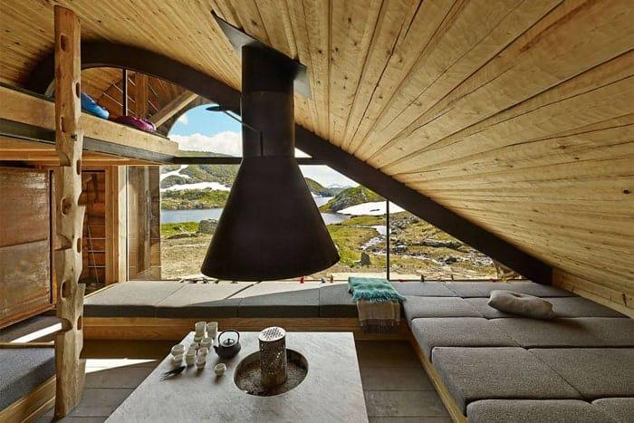 Snohetta-isolated-cabin-Norway-Bjellandsbu-Akrafjorden-7
