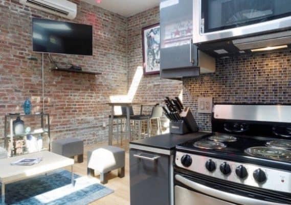 Storage-Garage-Converted-Into-Modern-Loft-Studio-Home-0016-600x422