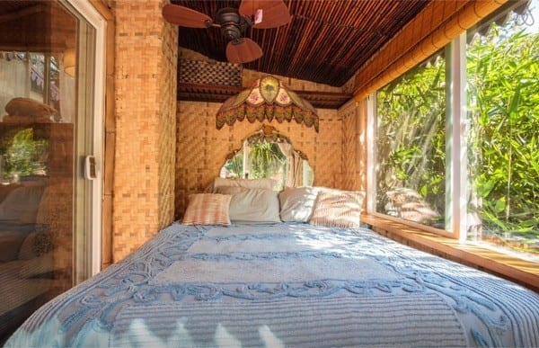 Tropical-Tiny-House-in-California-010-600x387