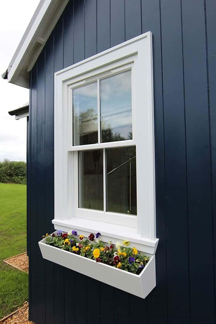 blue-compact-cottage-6