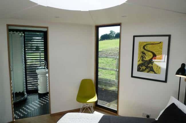 hivehaus-modular-offgrid-home-barry-jackson-6.jpg.650x0_q70_crop-smart