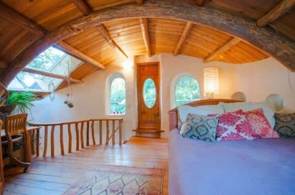 storybook-cob-cottage-bedroom7