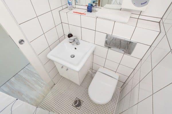 13sqm-minimal-living-space-hanczar-10-600x400