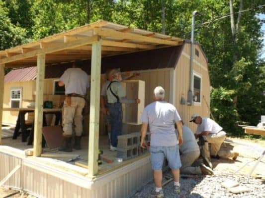 Homeless-83-year-old-Widow-Gets-Barn-Tiny-Home-06-600x450