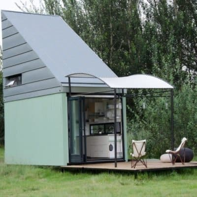 "Prefab ""Popup"" Shelter Makes The Most Out Of 221 Square Feet"