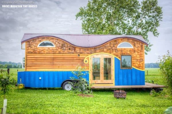 Pequod-by-Rocky-Mountain-Tiny-Houses