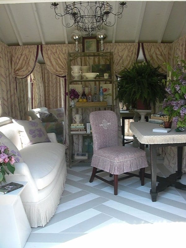 Shabby-Chic-She-Shed-006-600x800