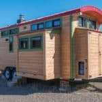 Brilliant Design & Extraordinary Craftsmanship In This Jaw-Dropping Tiny Home