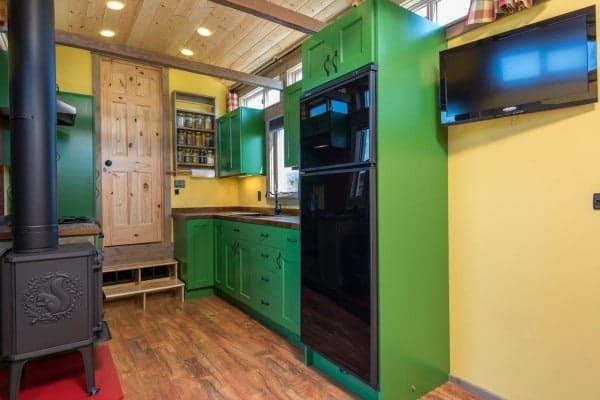 Tiny-House-Woodland-Web-17-600x400