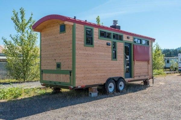 Tiny-House-Woodland-Web-32-600x400