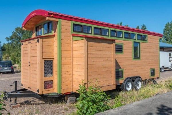 Tiny-House-Woodland-Web-4-600x400