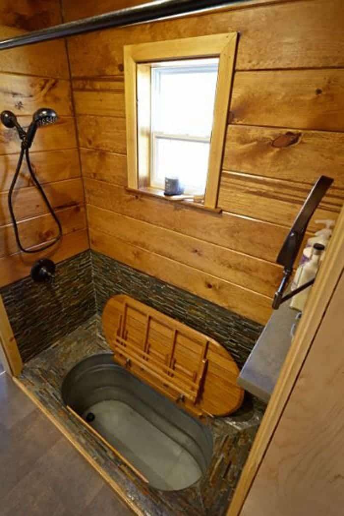 Weav+Bath+open