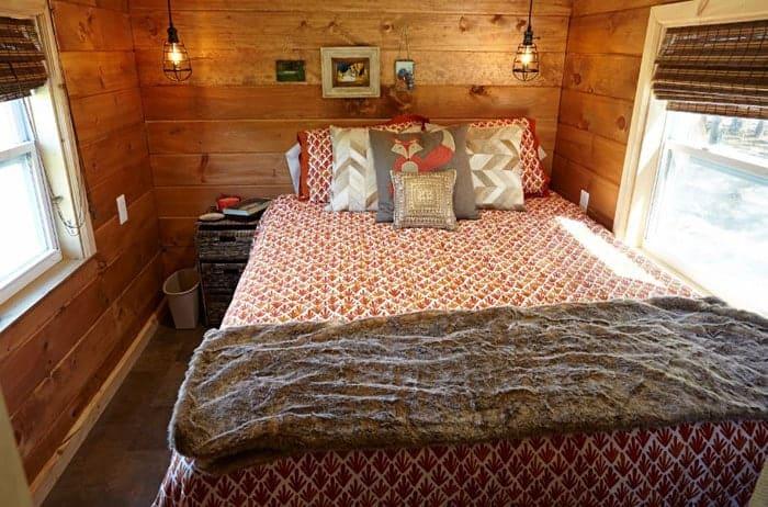 Weav+Bedroom