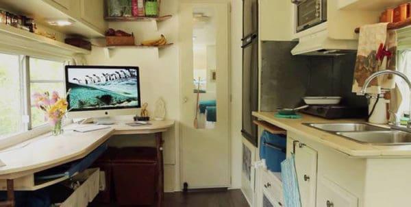 julia-fowler-renovated-fifth-wheel-camper-1.png.662x0_q70_crop-scale