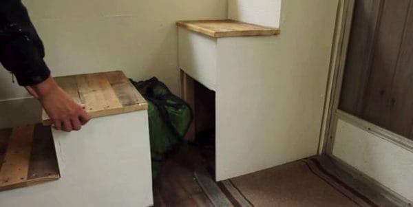julia-fowler-renovated-fifth-wheel-camper-11.png.650x0_q70_crop-smart
