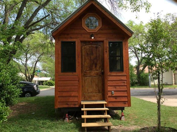 my-tiny-cabin-1