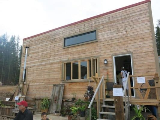 Huge Crowds Attend Canada's First Tiny House Festival