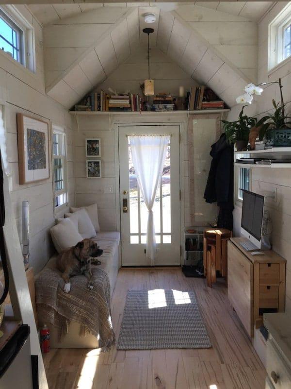 tiny-tall-house-007-600x801