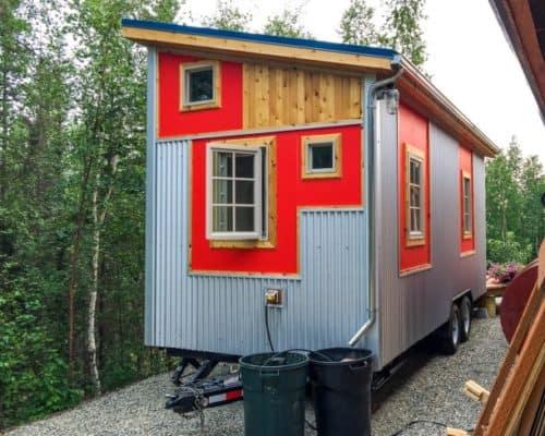 Fairbanks-Midnight-Sun-Tiny-House-0002