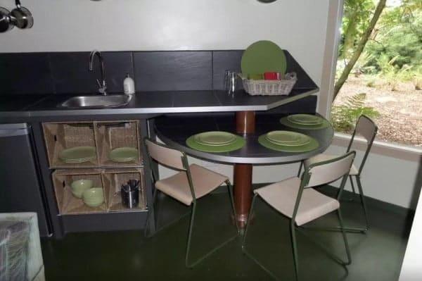 Octagon-Cottage-Netherlands-009-600x399