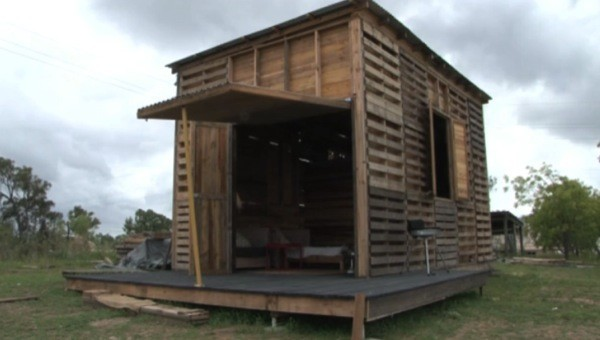 Student's DIY Pallet House Withstands A Cyclone