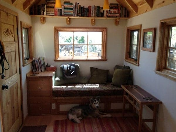 smart-couple-design-build-and-live-simply-in-170-sq-ft-tiny-home-0015