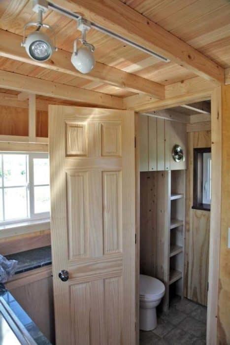 vastu-tiny-cabin-004