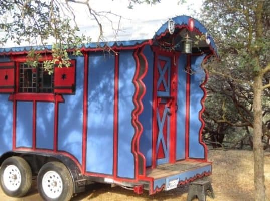 gypsy-wagon-002-600x446