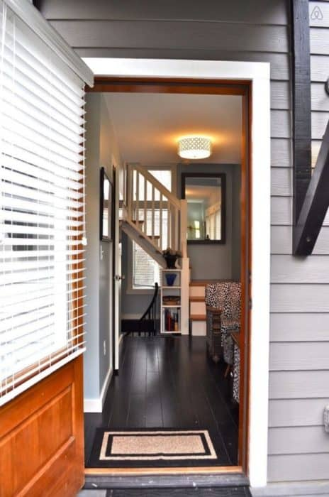 Birdhouse-Downtown-Asheville-Tiny-Living-002a-600x905