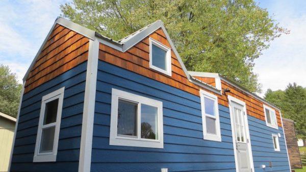 Brevard's 36′ North Tiny Home