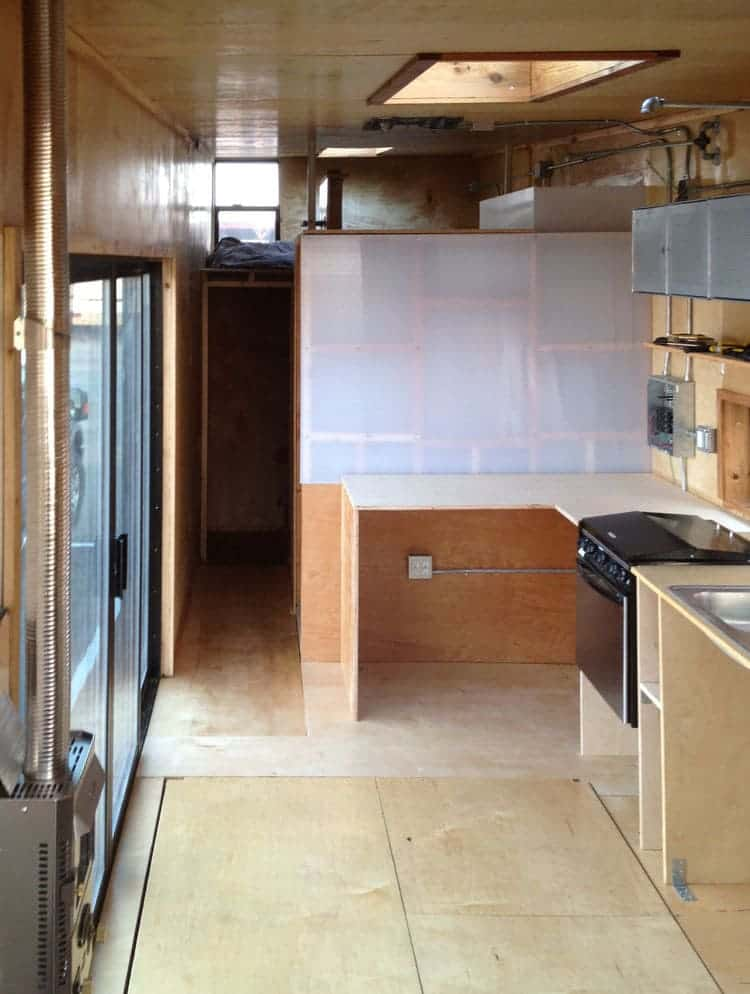 going_mobile_woody_the_trailer_construction_kitchen