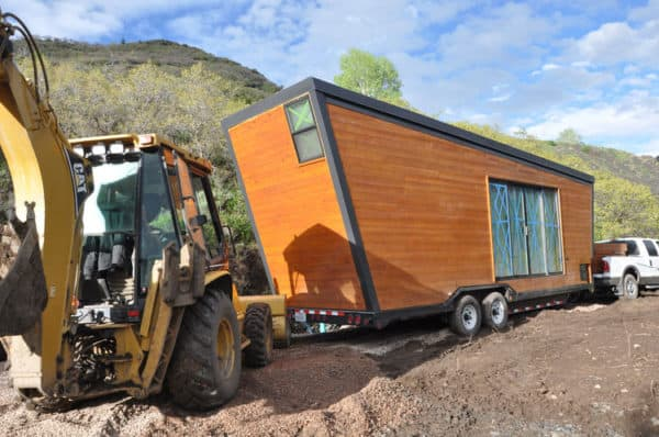 going_mobile_woody_the_trailer_constuction_exterior