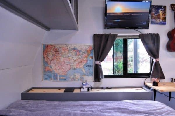 travel-trailer-tiny-house-8