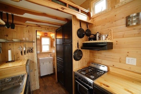 Aarons-Craftsman-Tiny-Home-on-Wheels-using-Modified-Dan-Louche-Plans-0018-600x400
