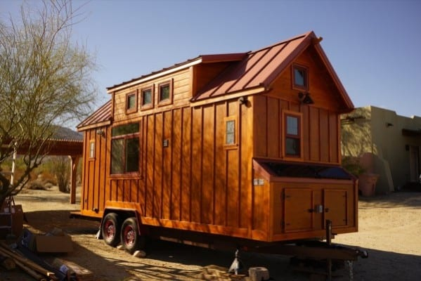 Aarons-Craftsman-Tiny-Home-on-Wheels-using-Modified-Dan-Louche-Plans-0021-600x401