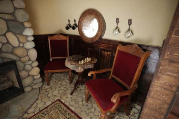 Kristi's Tiny Hobbit Home 6