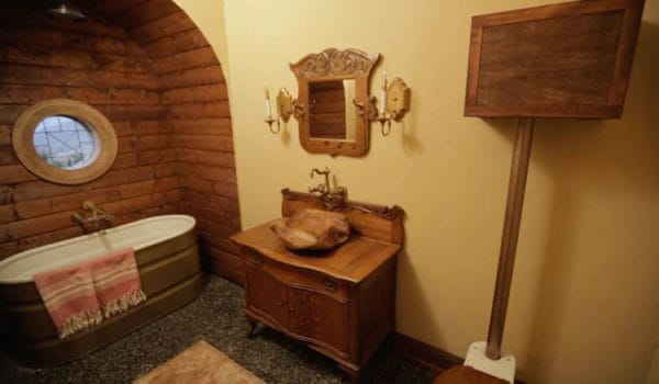 Kristi's Tiny Hobbit Home 8