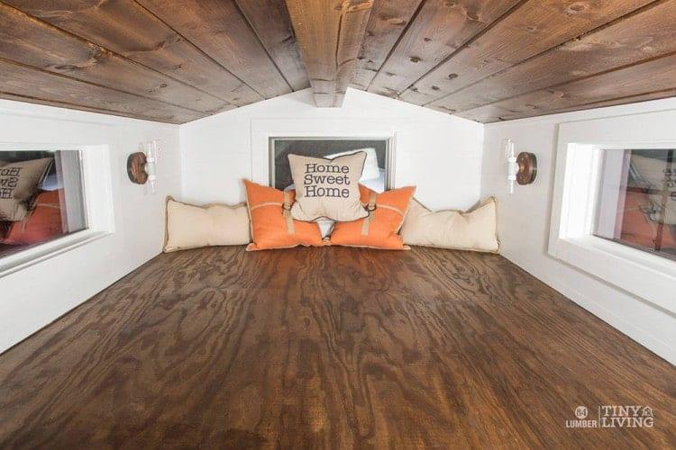 84Lumber-TinyHouse-loft-750x500